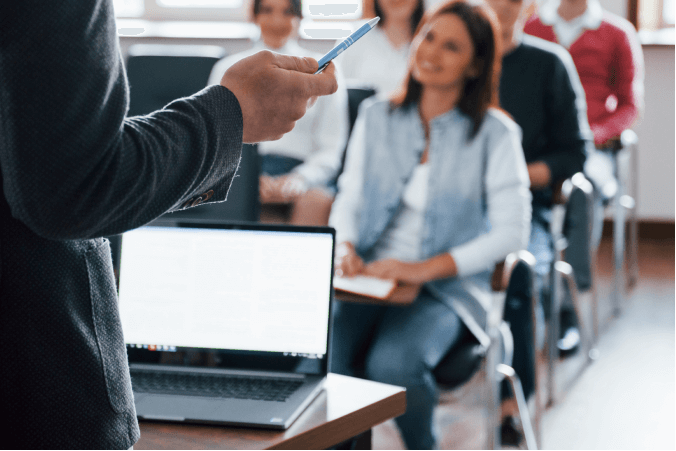 Đề thi IELTS Listening Practice University Orientation Program - Download PDF Câu hỏi, Transcript và Đáp án